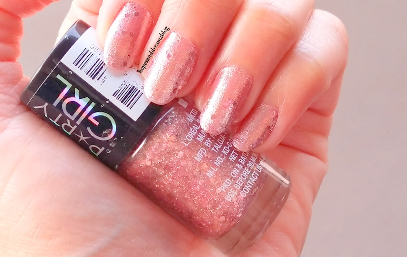 Maybelline Party Girl Nail Paint, Blushing Bubbly: Review, Swatches ...